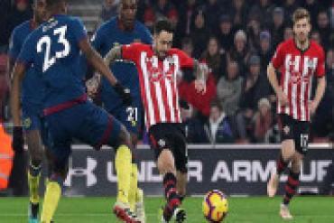 Southampton - West Ham: Ngôi sao Brazil & 9 phút ngược dòng điên rồ